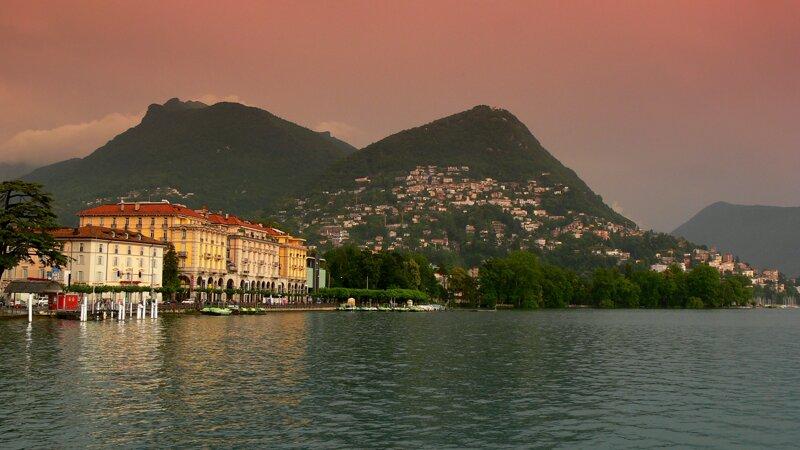 Lugano zur Abenddämmerung