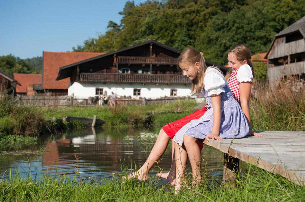 Kinder Weiher  c Museumsdorf Bayerischer Wald