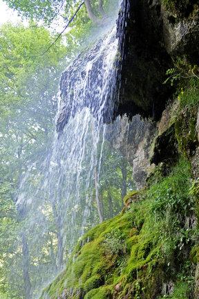 Uracher Wasserfall c Schwäbische Alb Tourismus, Ralph Lueger