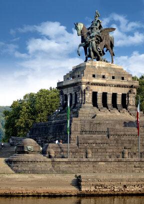 Kaiser Wilhelm Denkmal C Gauls die Fotografen