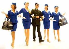 Stewardessen und Pilot 2 © Alexander Kaemmer