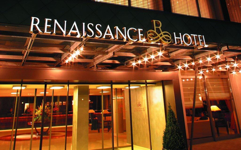 Bochum Renaissance Hotel Eingang
