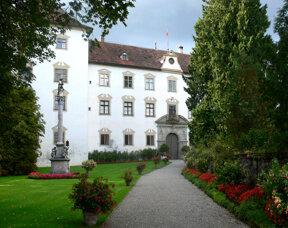 Wolfegg Schloss, Mariensäule c Andreas Praefcke, wikimedia