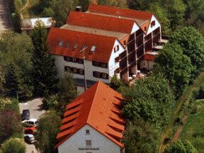Hotel Luftbild quer c Hotel