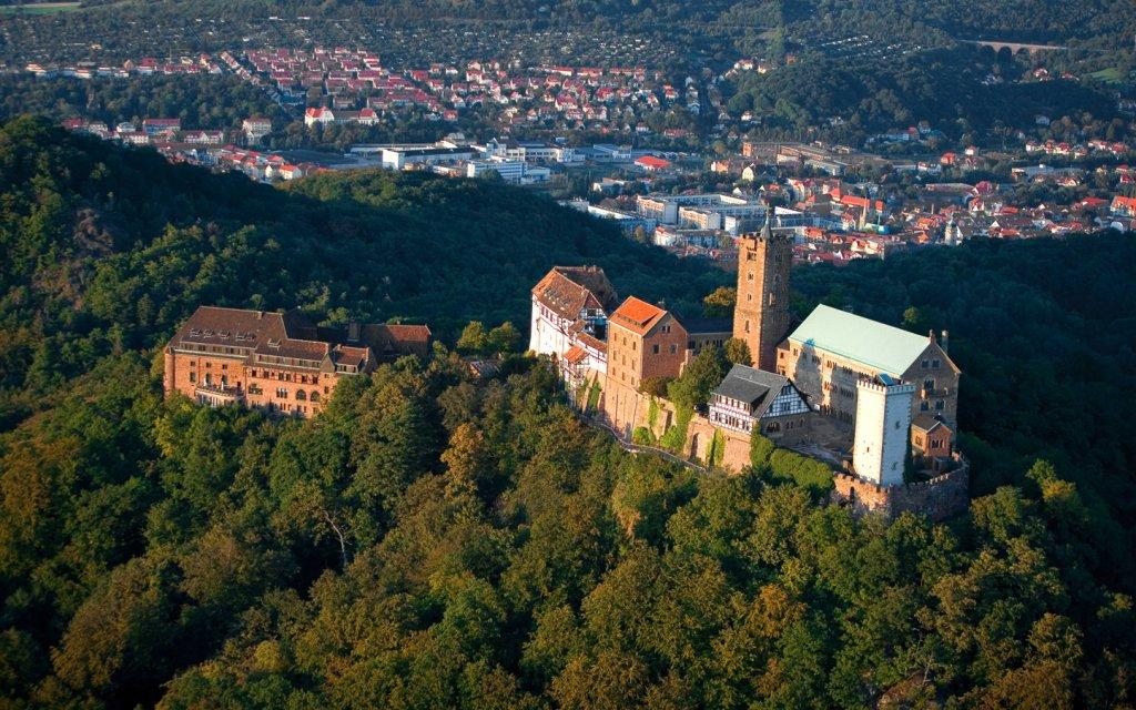 Wartburg und Eisenach von oben