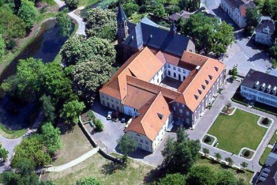 Kloster Saarn aus der Luft