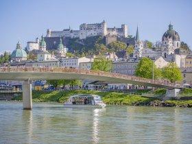 Schiff mit Panorama c Salzburg Highlights