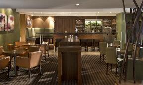 SAA01-hotel bar1.high
