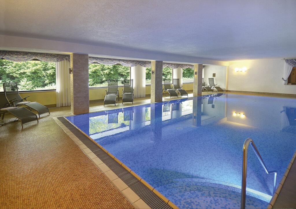 Baiersbronn Flair Hotel Sonnenhof Schwimmbad
