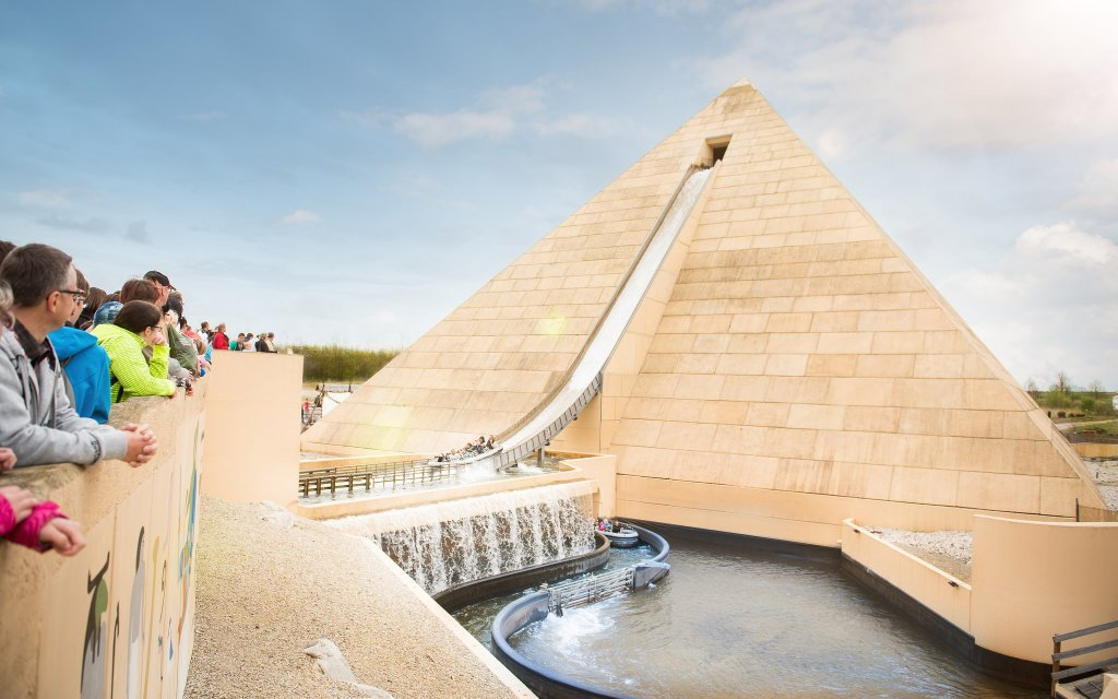 Achterbahn Pyramide im BELANTIS