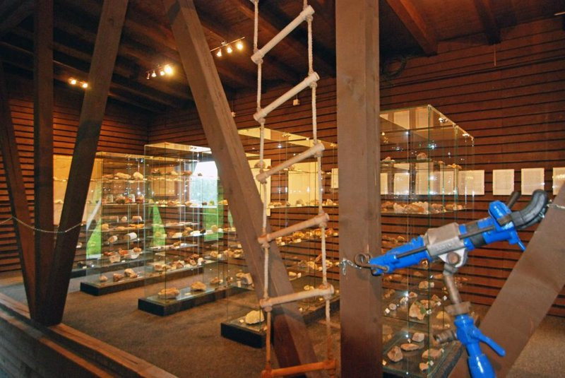 Mineralien im Museum