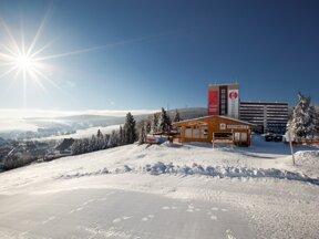 AHORN-Hotel-Am-Fichtelberg-Aussenansicht-Winter1