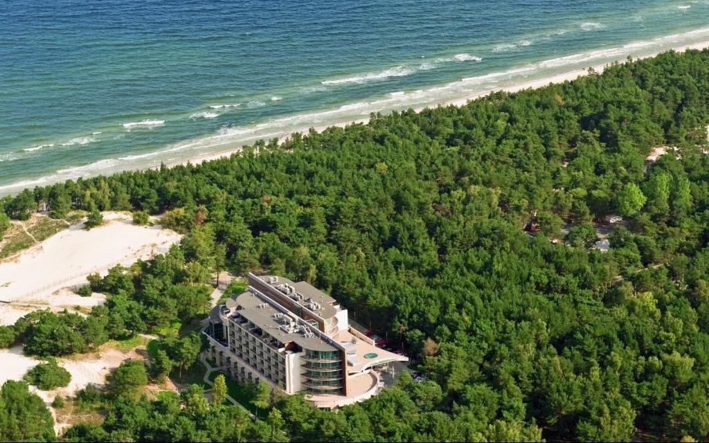 Kolberger Deep Havet Hotel meer aussen außenaufnahme