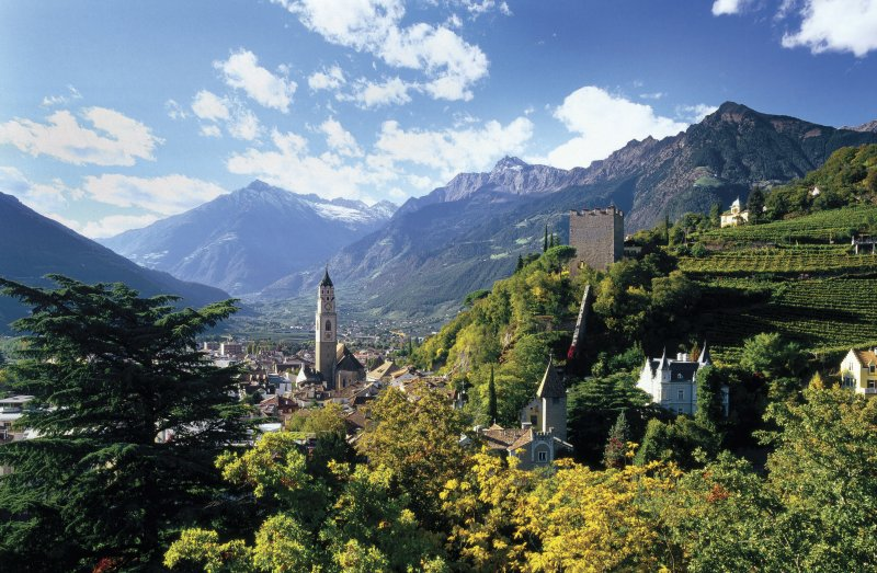 Luftaufnahme Meran Südtirol