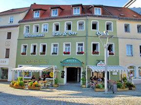 Hotel Evabrunnen in Bischofswerda von außen.