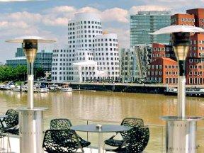 D Düsseldorf Medienhafen 25