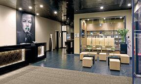 Lobby-Smokers-Lounge