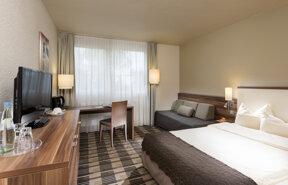 SAA01-standard room1.high res