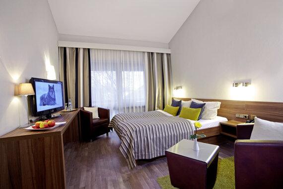 Doppelzimmer in Brauntönen