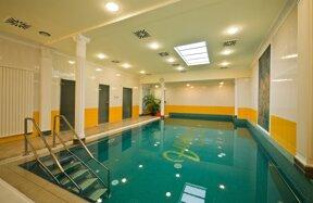Schwimmbad-Hotel Astoria