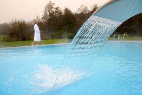 Pool außen 2