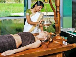 AYURVEDA Massage 2