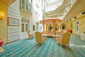 Grand Hotel Imperial Cafe innen