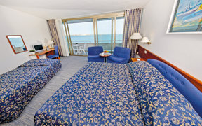 HH room sea view with extra bed