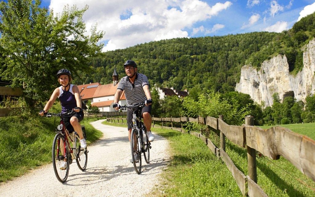Zwei Radfahrer in der Umgebung von Mosbach