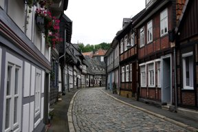 Goslar Straße Fachwerkhäuser2 c pixabay