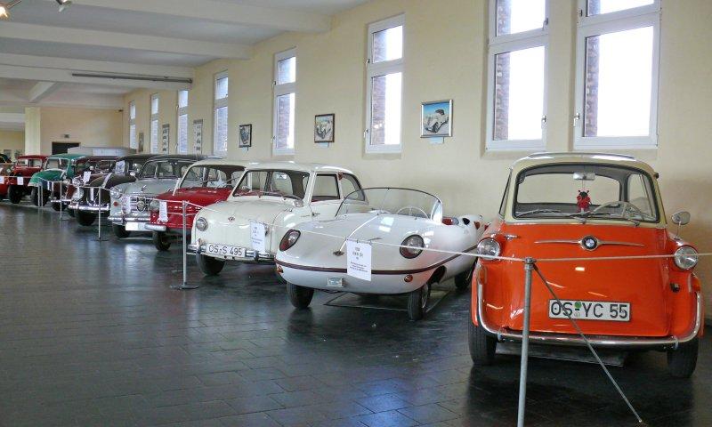 Autos im Automuseum Melle
