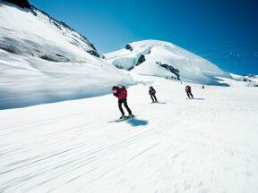Sommer Ski in Saas-Fee  c PPR Saas-Fee Christof R Schmidt
