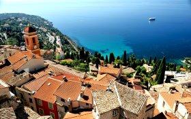 Roquebrune-Cap-Martin von oben c CRT Riviera Côte d'Azur Georges Veran