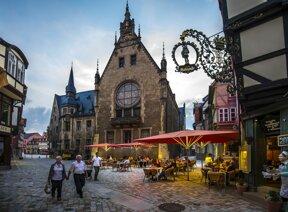 Rathaus Quedlinburg seitlich 2  Juergen Meusel