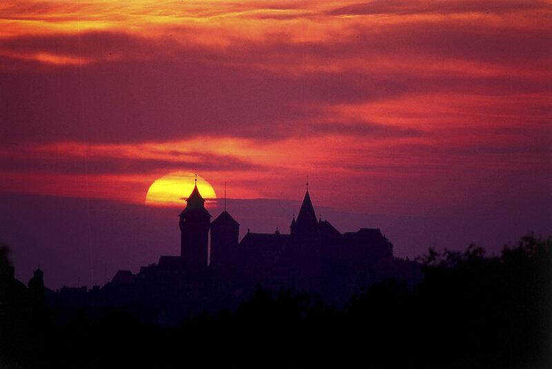 Kaiserburg im Sonnenuntergang