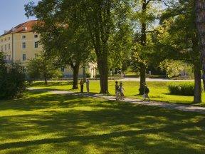 Park Spaziergang c GH Rogaska