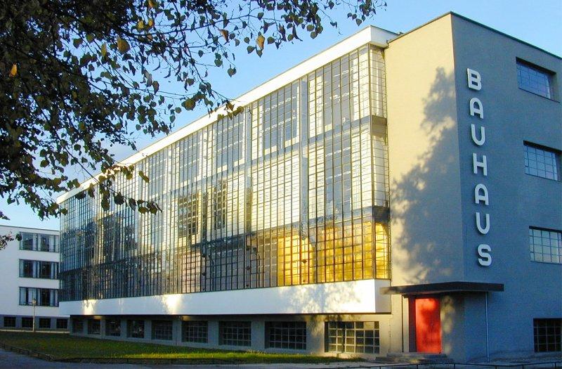 Bauhaus Gebäude Dessau Außenansicht