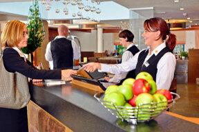 rezeption-hotel-erb-muenchen-parsdorf