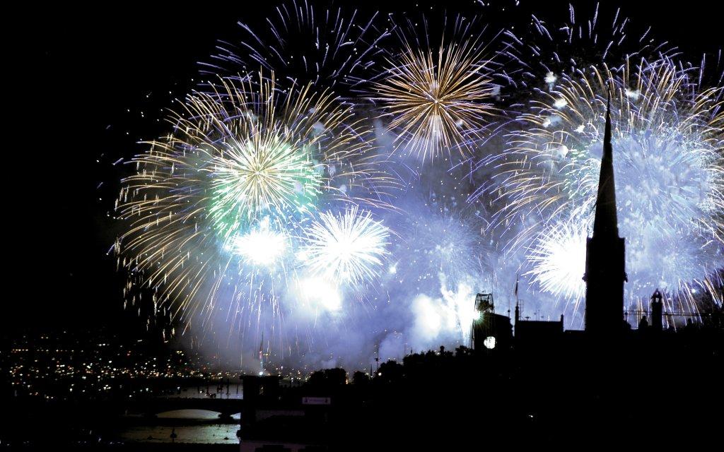 Silvester-Feuerwerk in Zürich