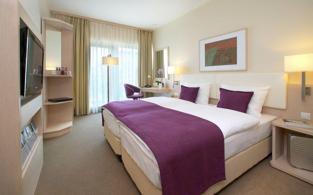 Koblenz GHOTEL and Living Zimmer Doppelzimmer