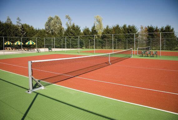 Slagharen26 Tennisplätze