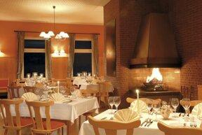 100 Restaurant 2