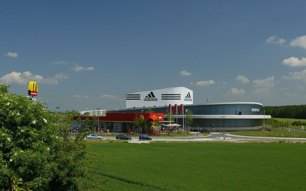 adidas Outlet Store Herzogenaurach