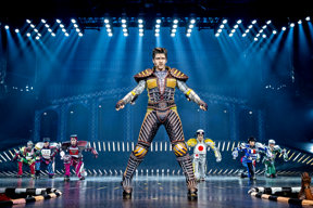 Greaseball 1 © Starlight Express