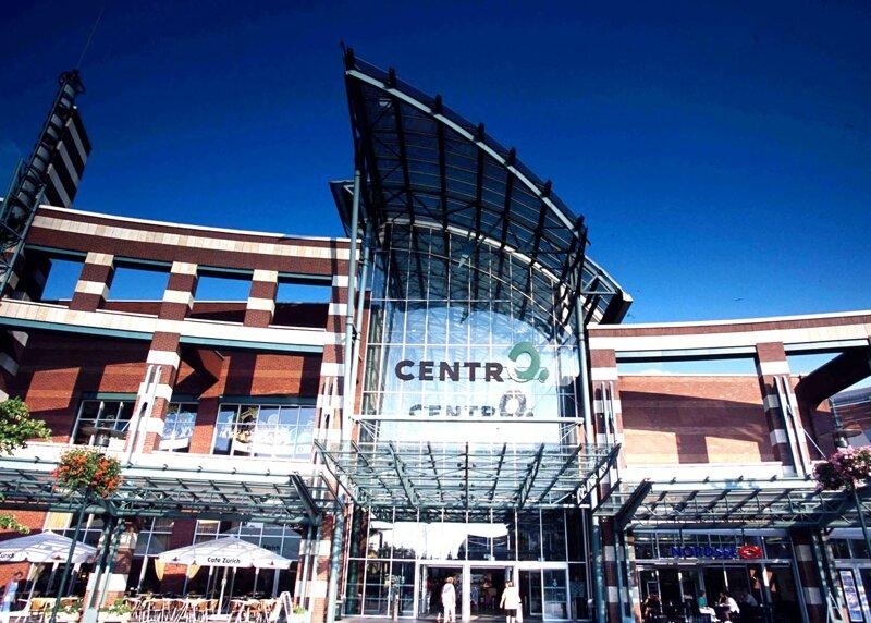 Eingang Shoppingcenter Centro in Oberhausen
