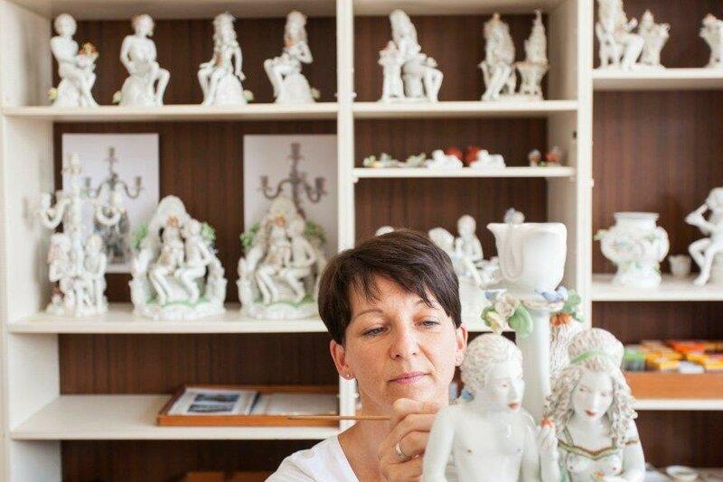 Figuren von Chris Antemann in der Prozellan Manufaktur Meißen