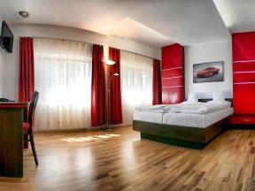 Hotel Vyprez Ferrari