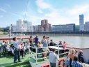 Vom Rhein aus Düsseldorf entdecken