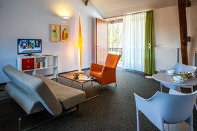 Apartment SchlossAuerstedt HaeckerD80 0098.jpg