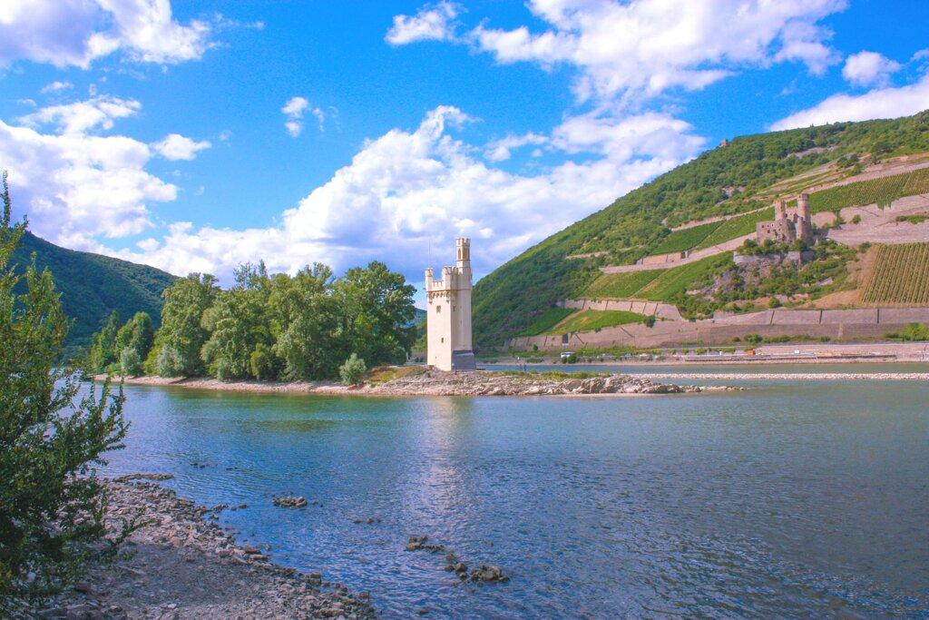 Binger Mäuseturm am Rhein